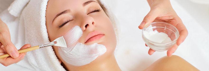 Les soins cosmétiques de visage