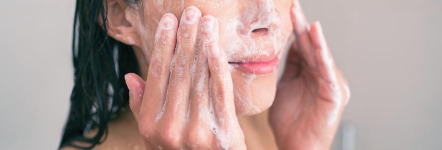 Exfoliation pour la peau